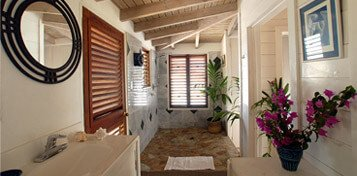 cottage-bathrom